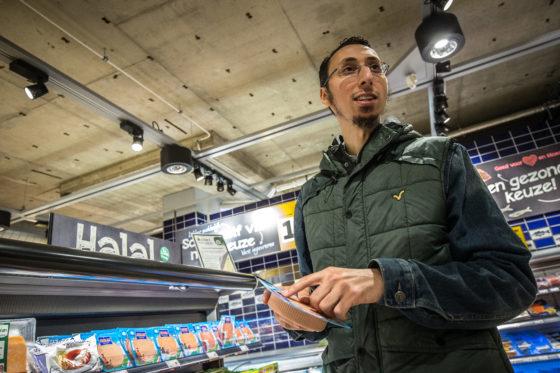Abdelaziz Aouragh: Halal in de super,  categorie of beleving?