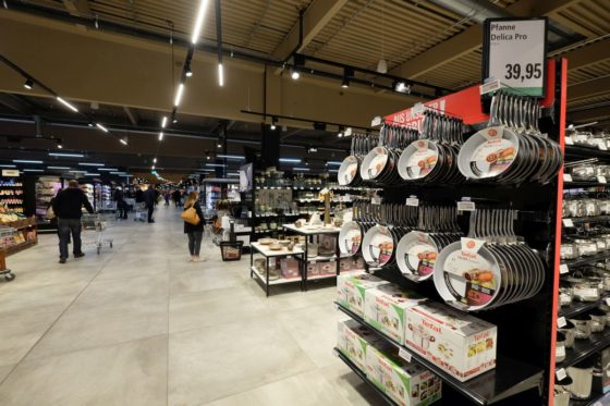 Markthalle krefeld 35 560x373
