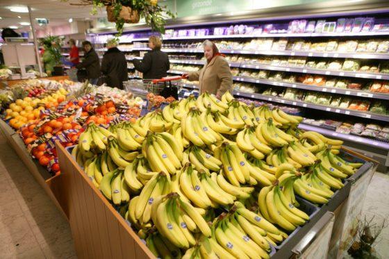 5 visies op bananen in de supermarkt